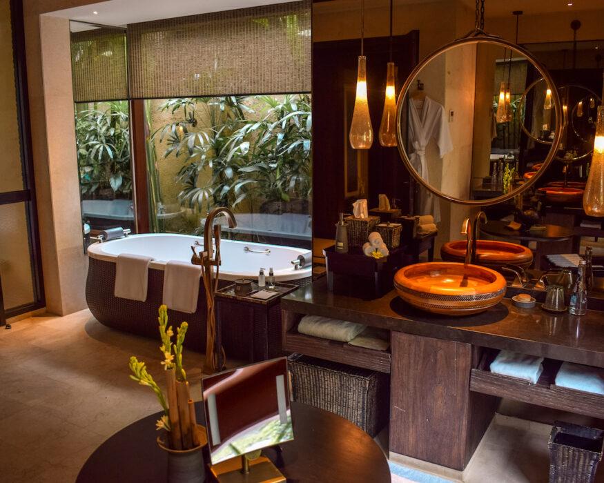 Mandapa-Bali-Bathroom