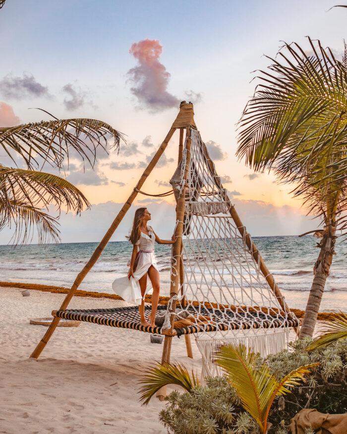 mexico-nomade-tulum-beach-hammock