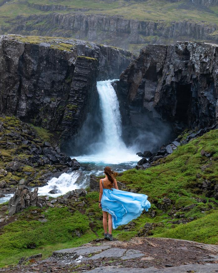 Island Highlights folaldafoss waterfall