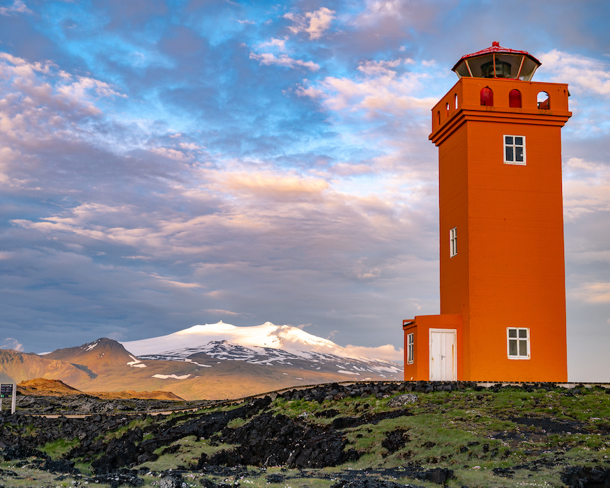 red lighthouse best things to do in Iceland