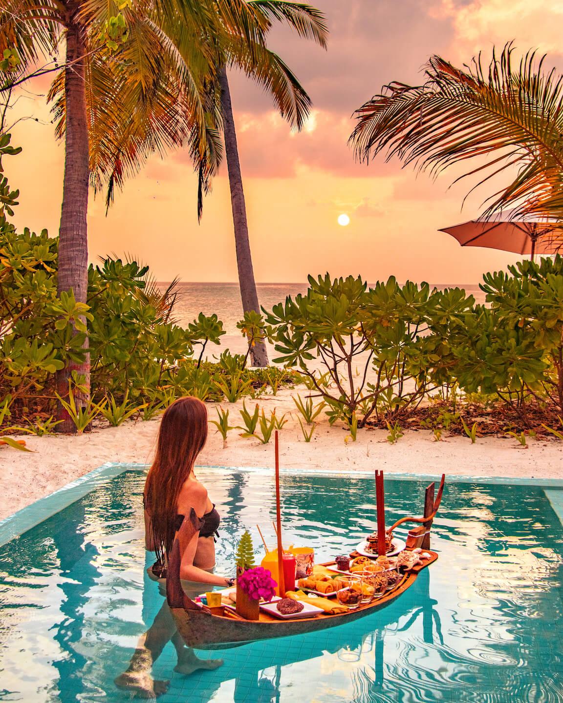 Floating Canapés sunset