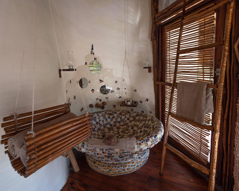 bath tub with patterns