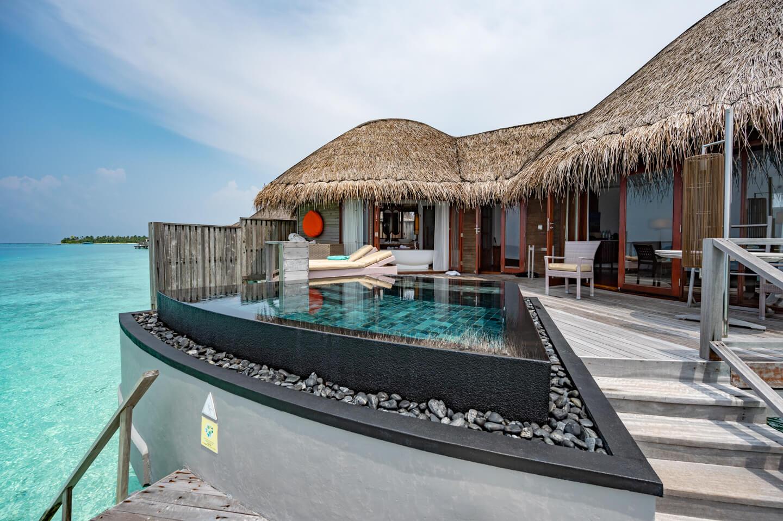 constance-halaveli-maldives-water-villa