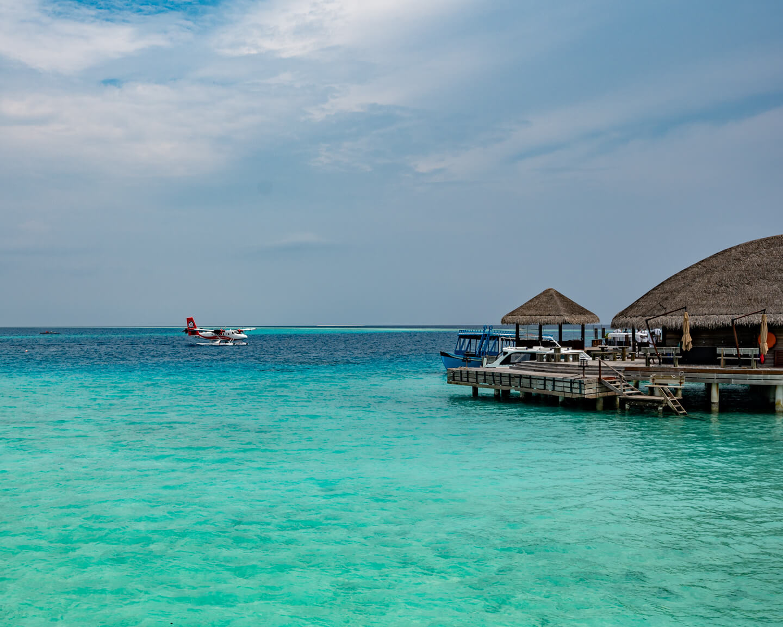 maldives-waterplane