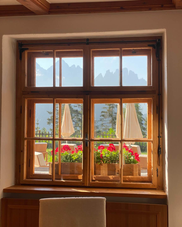 forestis-dolomites-window