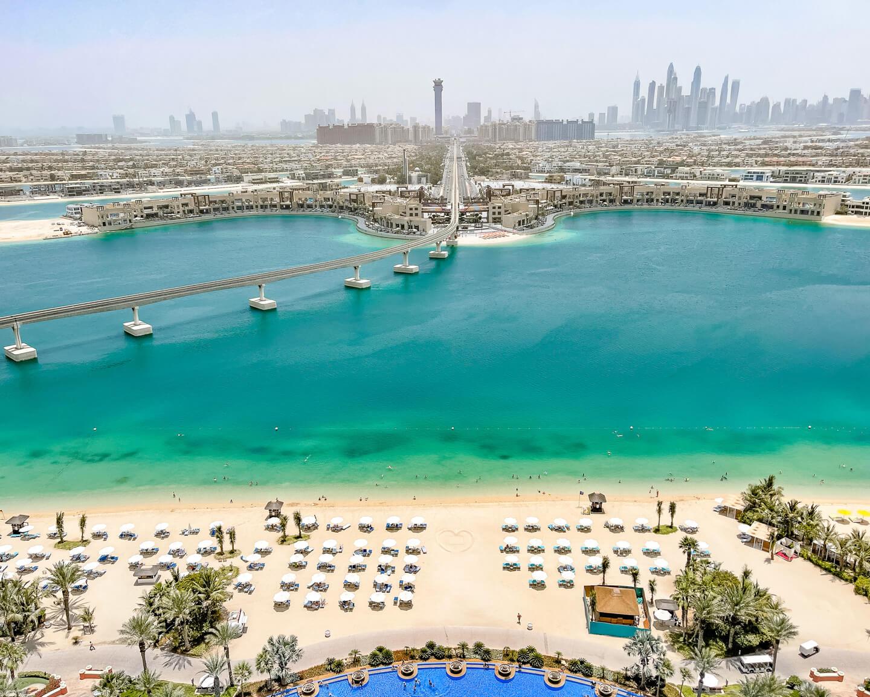 Atlantis-The-Palm-Dubai-beach