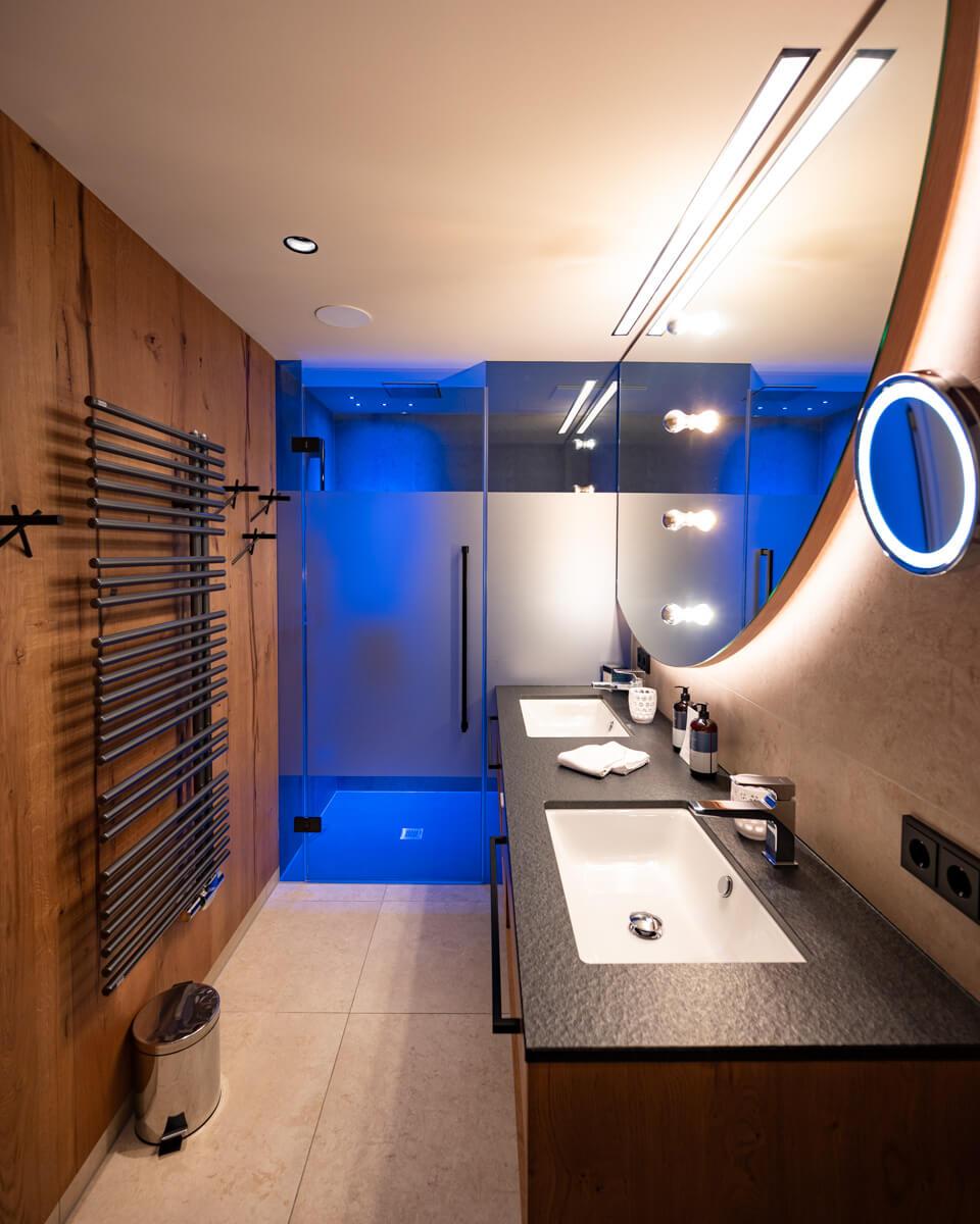 Badezimmer das edelweiss salzburg junior suite